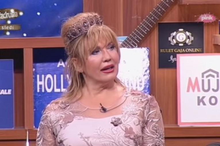 Republika / Suzana Mančić o ljubomori svoga muža: Simon me preko