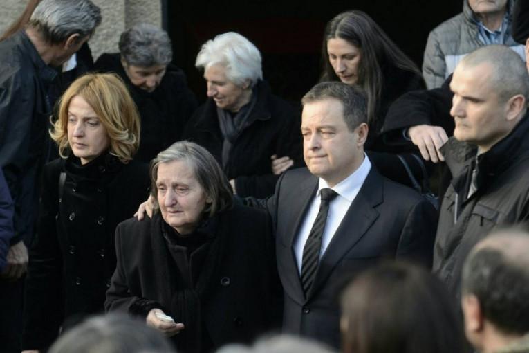 Republika / (VIDEO) Dačić sahranio oca: Porodica i